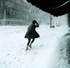493px-Miniskirts_in_snow_storm